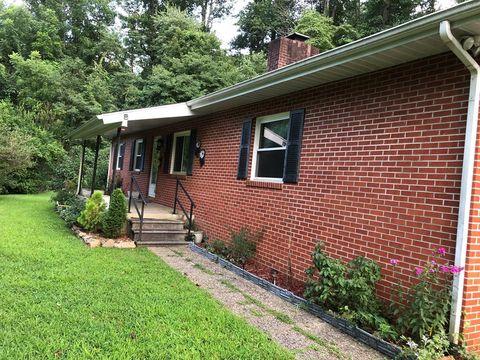 218 Purple Mountain Rd, Sylva, NC 28779