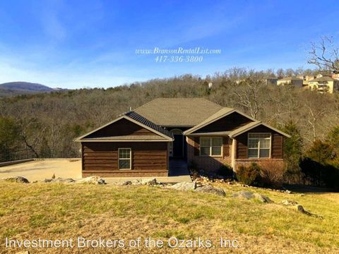 Photo of 250 Tall Oaks Dr, Branson, MO 65616