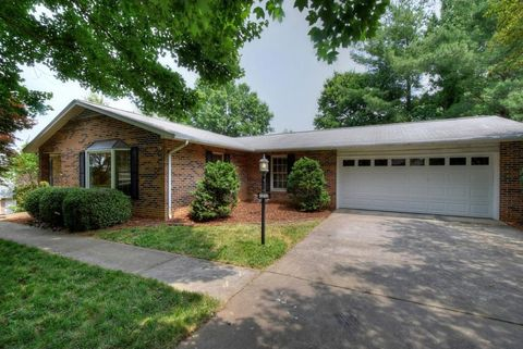 Photo of 1212 Jerry Ln, Kingsport, TN 37664