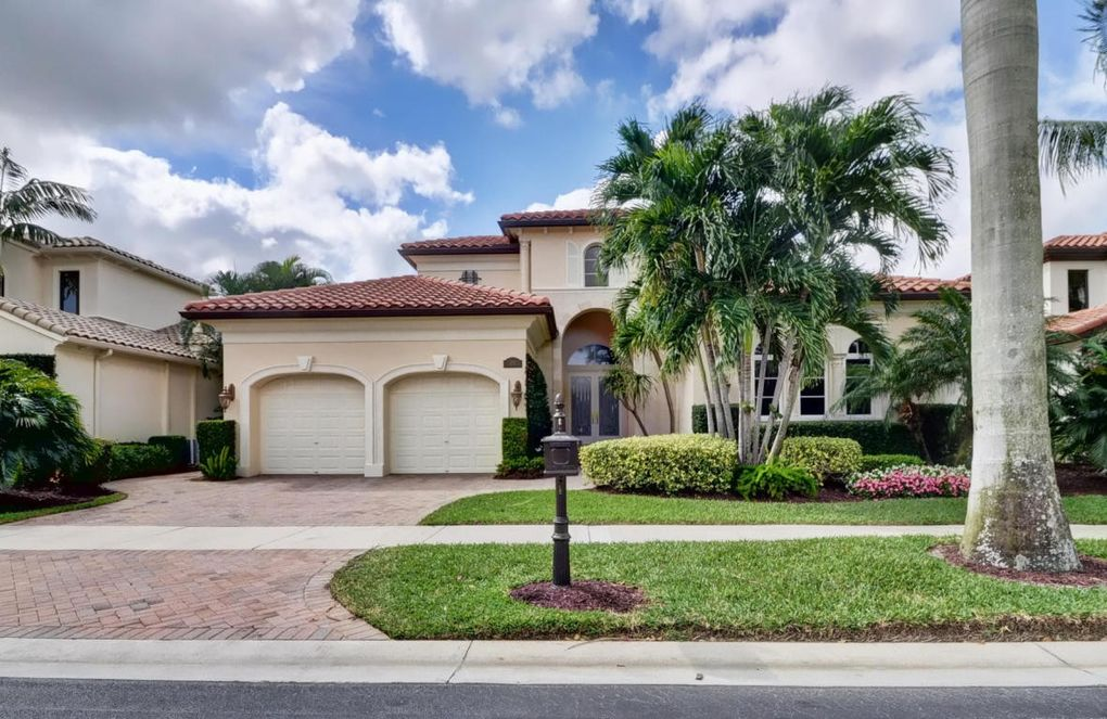 105 Terra Linda Pl, Palm Beach Gardens, FL 33418