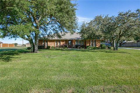 Photo of 8209 Schrade Rd, Rowlett, TX 75088