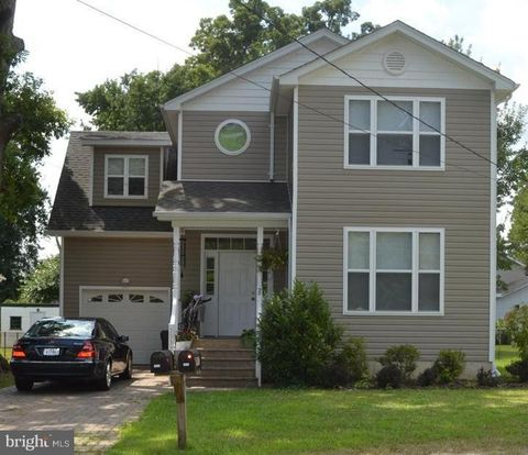 Photo of 3937 2nd St, North Beach, MD 20714
