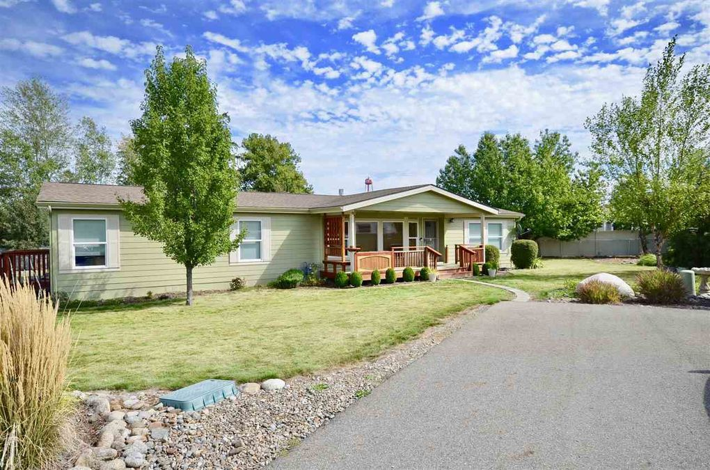 19007 E 2nd Ave Spokane Valley, WA 99016