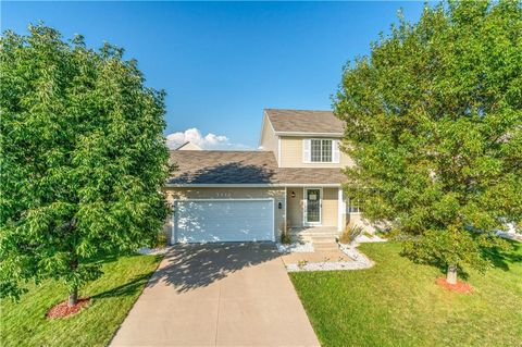 Photo of 3111 Sw Chesnut Ct, Ankeny, IA 50023