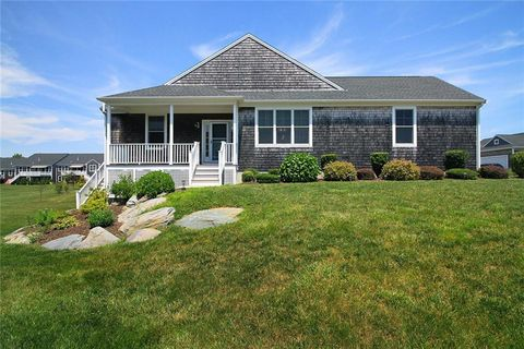 Photo of 23 Osprey Ct, Middletown, RI 02842