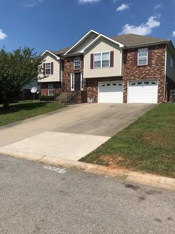 Photo of 3397 Quicksilver Ct, Clarksville, TN 37042