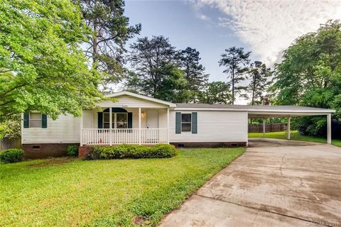 Admirable Charlotte Nc Mobile Manufactured Homes For Sale Realtor Download Free Architecture Designs Osuribritishbridgeorg