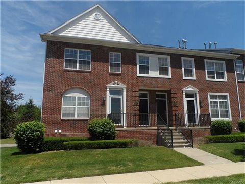 14357 Vauxhall Dr, Sterling Heights, MI 48313