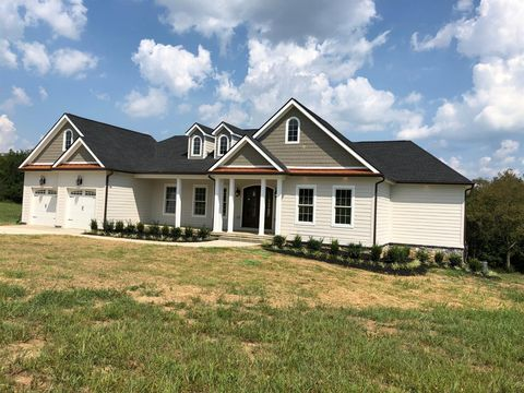 Photo of 5500 Canebrake Cir, Lexington, KY 40509