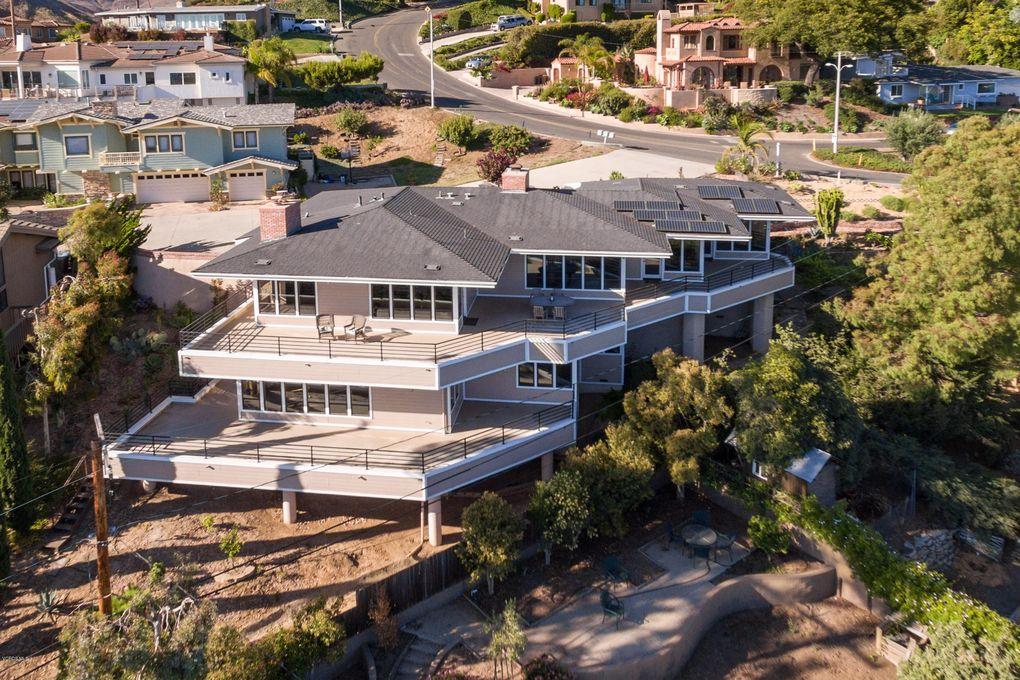 3092 Hilltop Dr Ventura, CA 93003