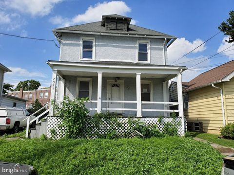 Photo of 8321 Delaware Ave, Upper Darby, PA 19082