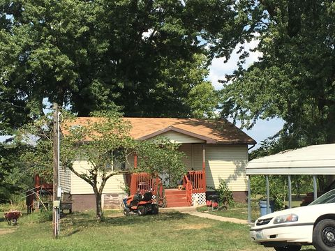 Photo of 302 W State St, Clarksburg, MO 65025
