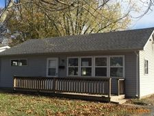 1125 N 8th St, Clinton, IN 47842
