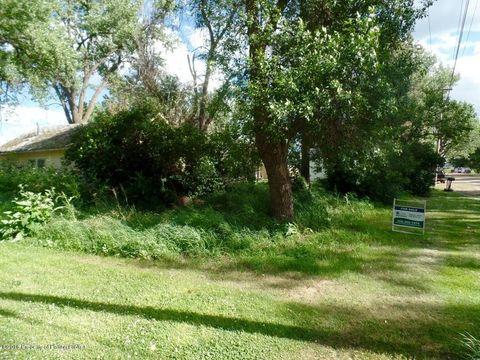 Olive Ave, Wibaux, MT 59353