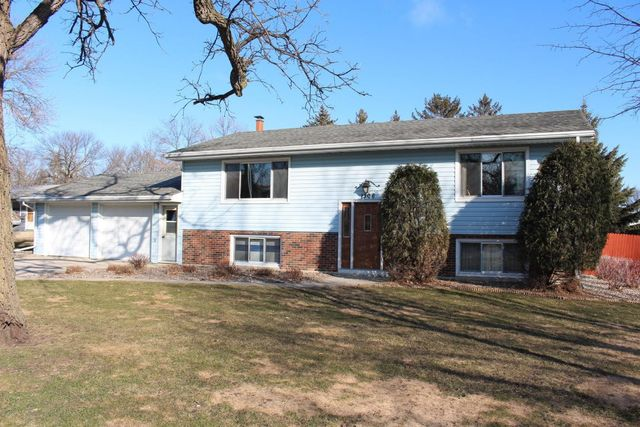 1306 w fairview ave olivia mn 56277