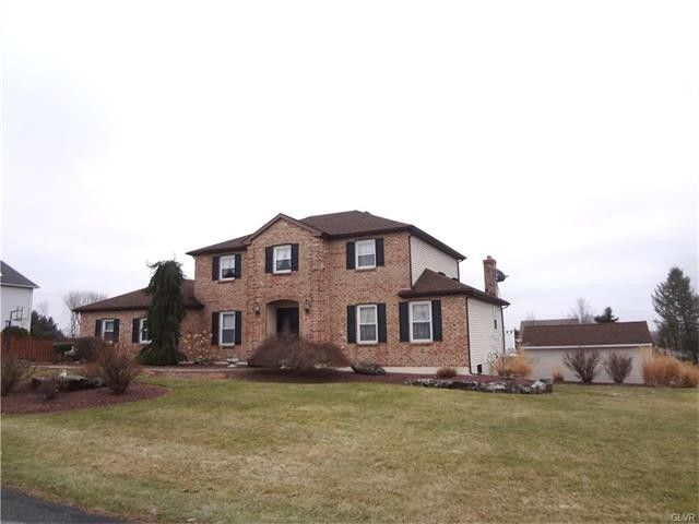 4653 Willow Ln, Nazareth, PA 18064 - realtor.com®