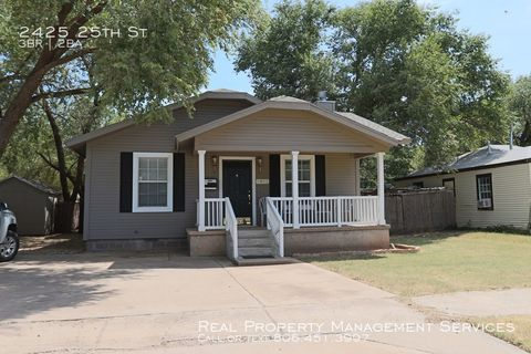 Photo of 2425 25th St, Lubbock, TX 79411