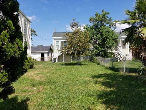 Photo of 3716 Avenue O, Galveston, TX 77550
