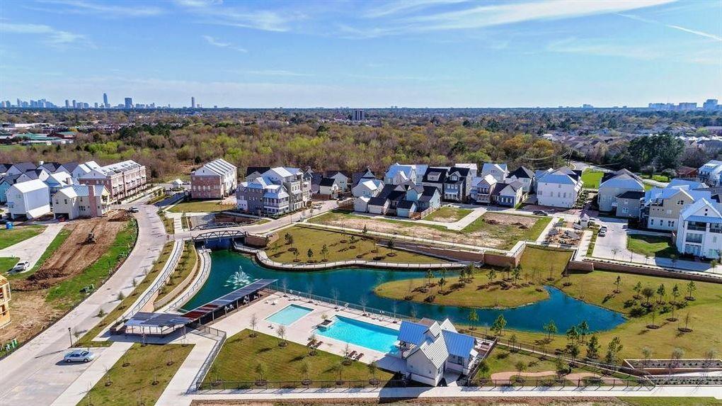 8736 Oak Kolbe Ln, Houston, TX 77080