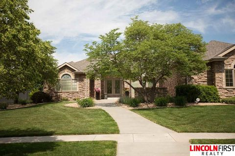 Photo of 5301 Sawgrass Dr, Lincoln, NE 68526