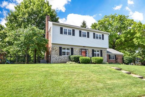 1778 Robinway Dr, Anderson Township, OH 45230