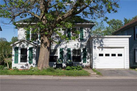 Photo of 1590 Wellington Ave, Savannah, NY 13146