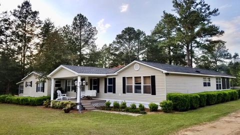 Photo of 7 Kemp Rd, Hazlehurst, GA 31539