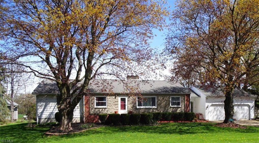 15803 Mason Rd, Vermilion, OH 44089