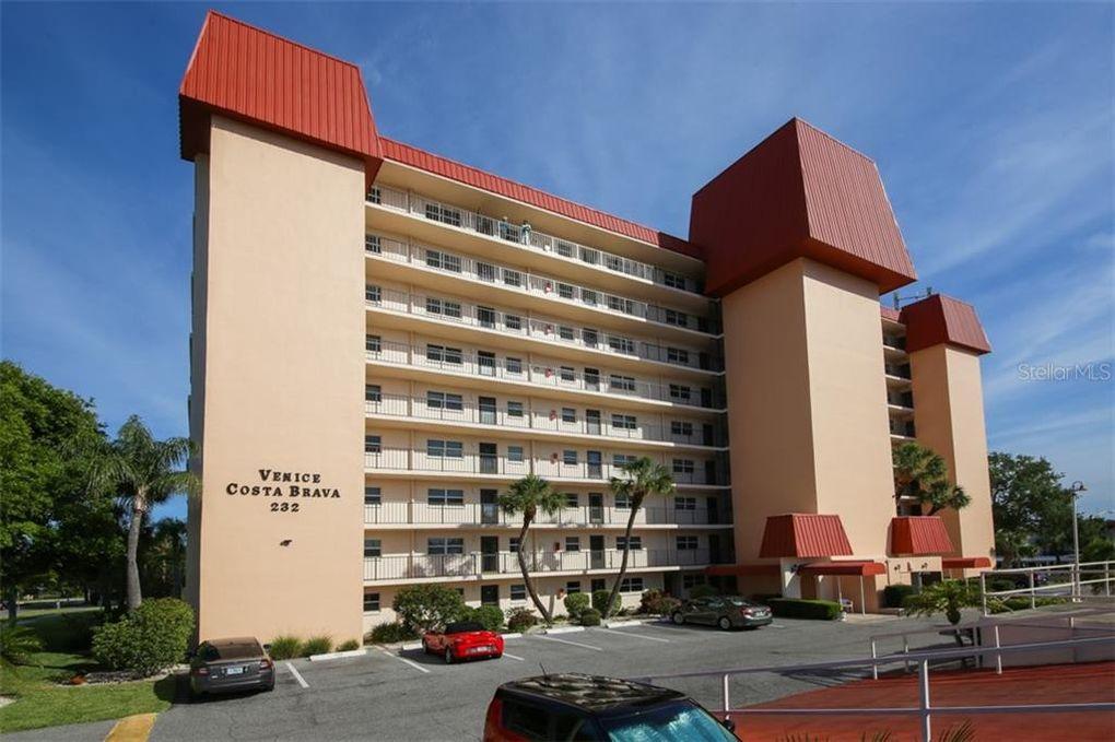 232 Saint Augustine Ave Apt 906, Venice, FL 34285