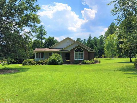 Photo of 424 Fairfield Dr, Dublin, GA 31021