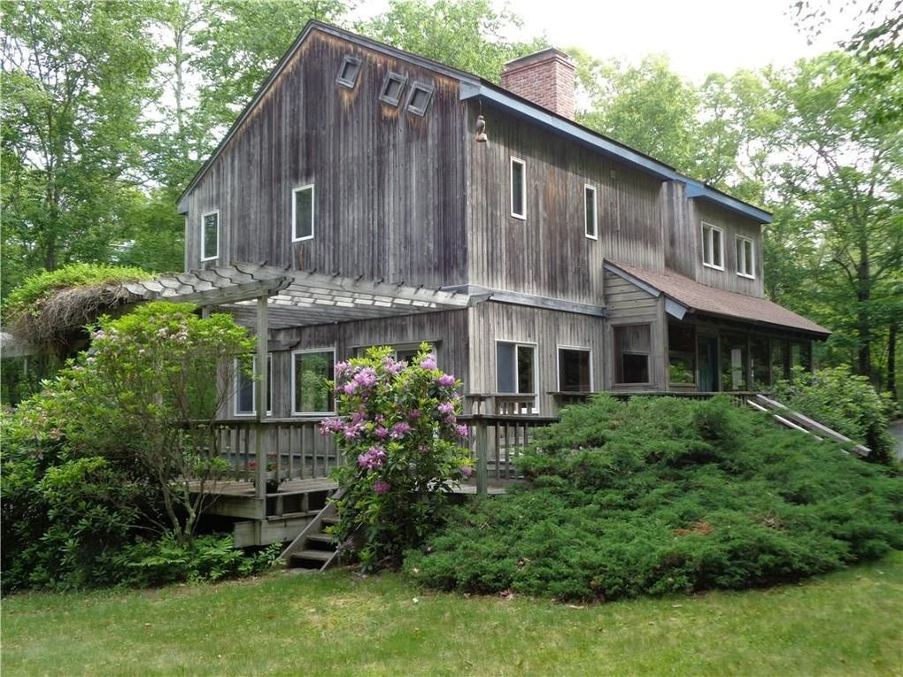 102 Mitchell Hill Rd, Lyme, CT 06371