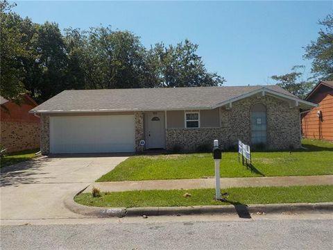 Photo of 1200 Ridgewood Ln, Hutchins, TX 75141