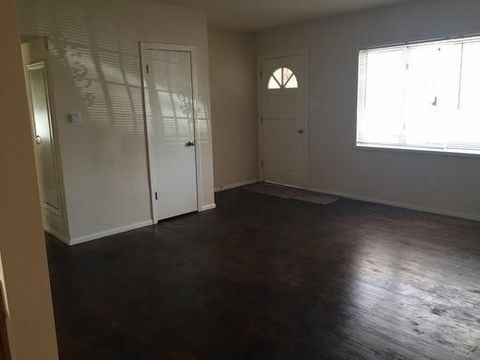 Photo of 1029 Georgia St Se, Albuquerque, NM 87108