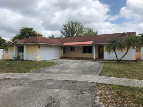 Photo of 20161 Nw 58th Ave, Hialeah, FL 33015