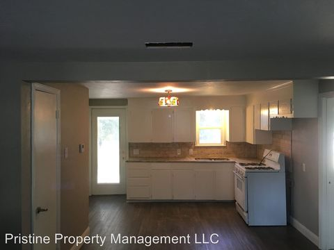 Photo of 836 2nd St, Gilmer, TX 75644