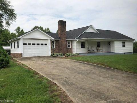 Photo of 2612 Binkley Rd, East Bend, NC 27018