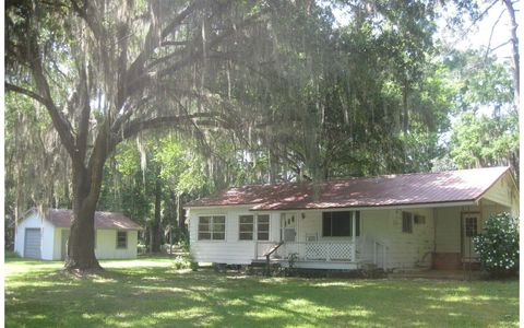 Photo of 6510 County Road 136 A, Live Oak, FL 32060