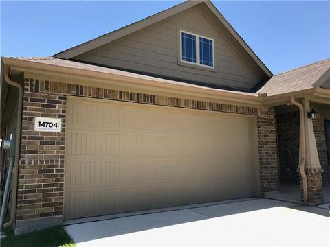 Photo of 14704 Rocky Face Ln, Fort Worth, TX 76052