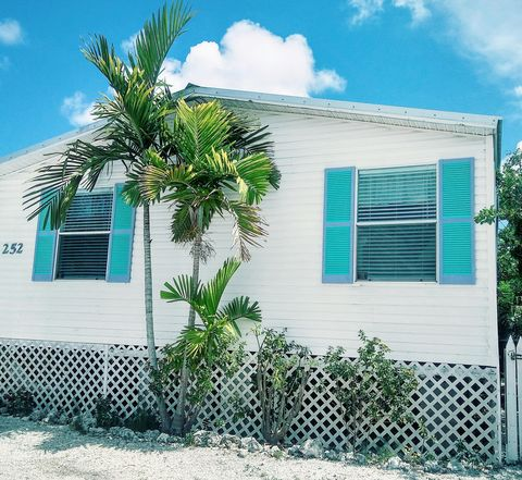 Fine Key Largo Trailer Village Key Largo Fl Apartments For Rent Home Interior And Landscaping Ferensignezvosmurscom