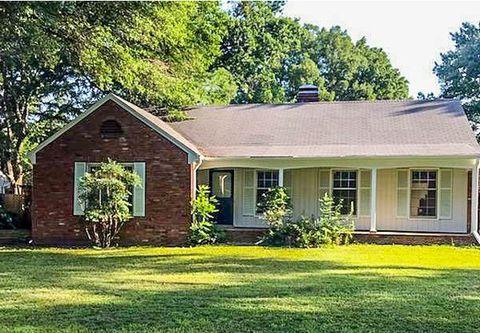 Terrific Memphis Tn Real Estate Memphis Homes For Sale Realtor Com Home Interior And Landscaping Fragforummapetitesourisinfo