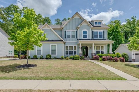 Photo of 1125 Angelica Ln, Tega Cay, SC 29708