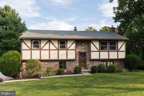 530 Woodglen Rd, Birdsboro, PA 19508