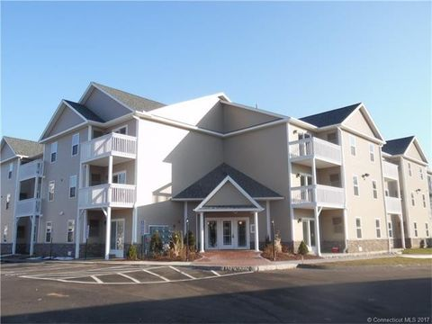 76 Liberty St Unit 302, Southington, CT 06489