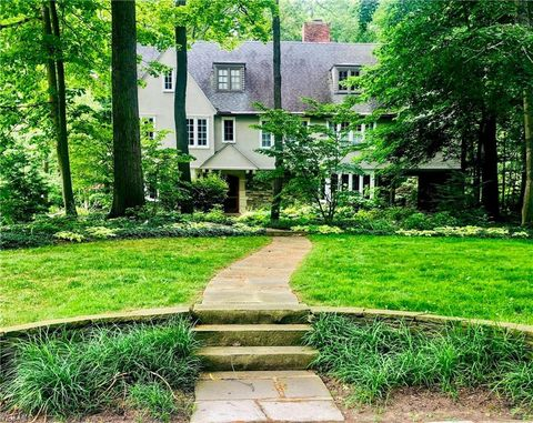 Photo of 2265 Stillman Rd, Cleveland Heights, OH 44118