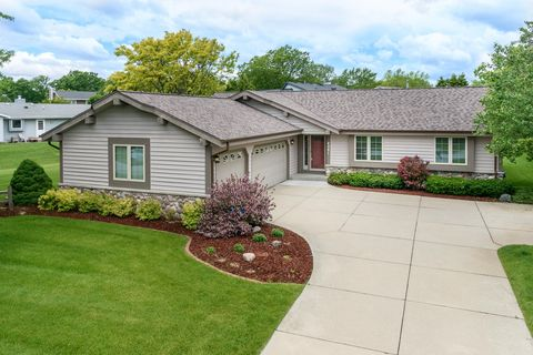 Photo of 4081 S 96th St, Greenfield, WI 53228