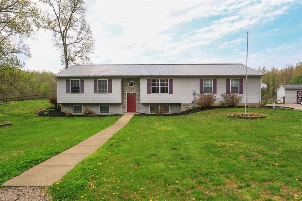 13545 Lake Grant Rd, Pike Township, OH 45154