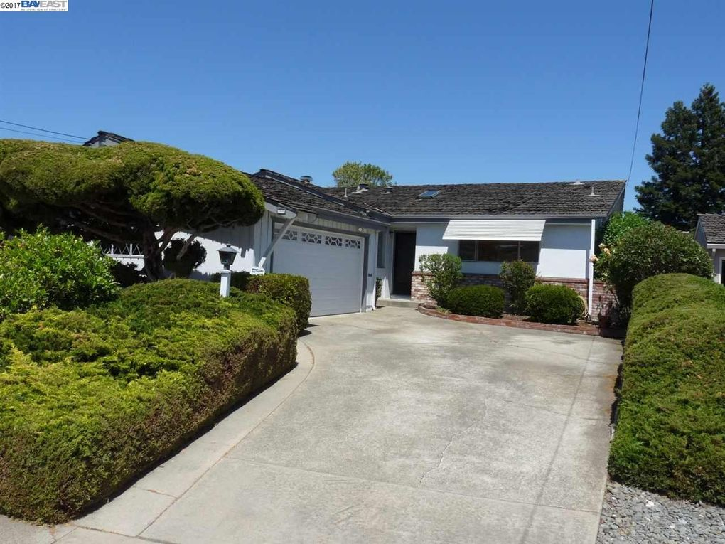 20086 Butterfield Dr Castro Valley, CA 94546