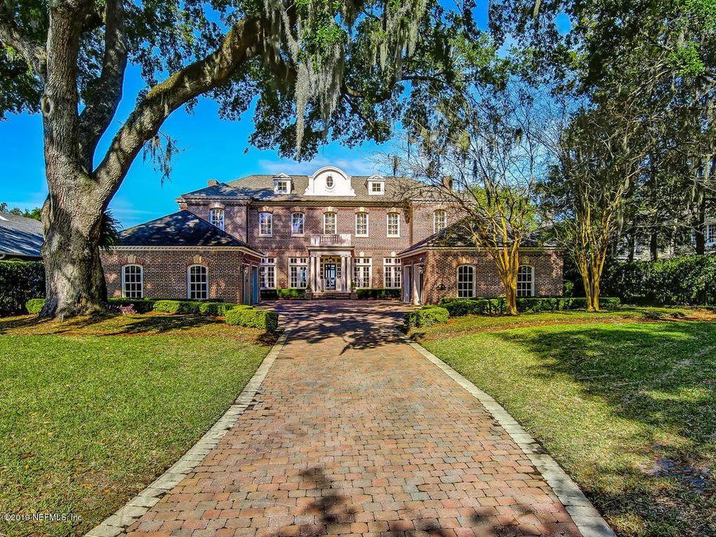 4134 Alhambra Dr W Jacksonville, FL 32207
