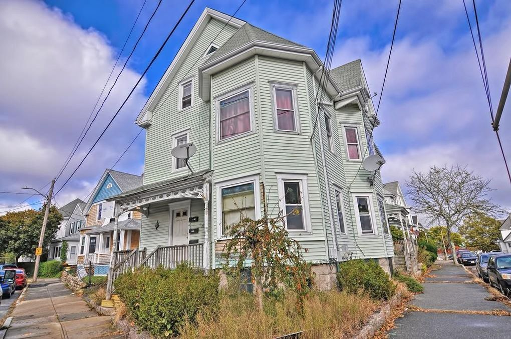 304 Summer St New Bedford, MA 02740