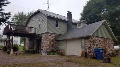 10422 State Highway 161, Amherst Junction, WI 54407